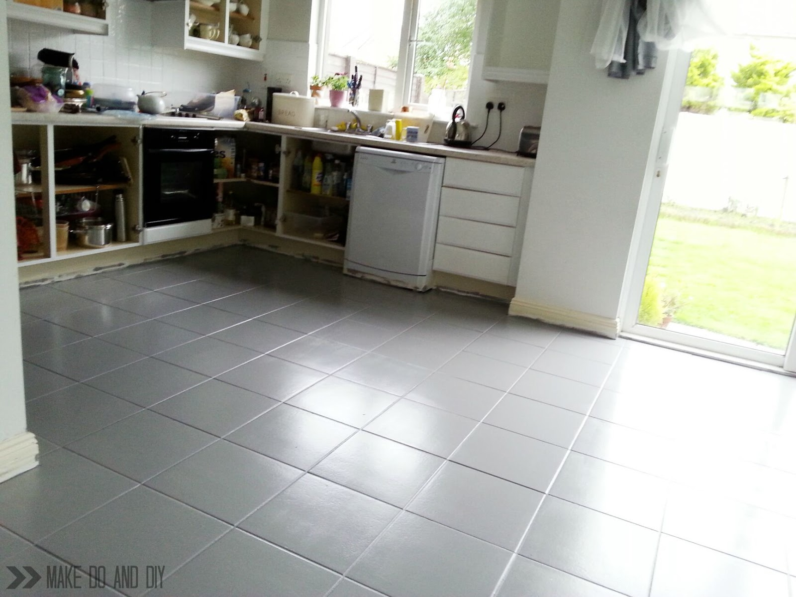 Painted tile floor no really make do and diy for Can you paint over vinyl flooring