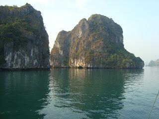 Island Halong Bay - Vietnam
