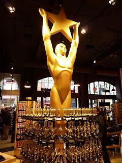 Hollywood Boulevard: Ama Jo Budge on-the-street pre-Oscars 2011