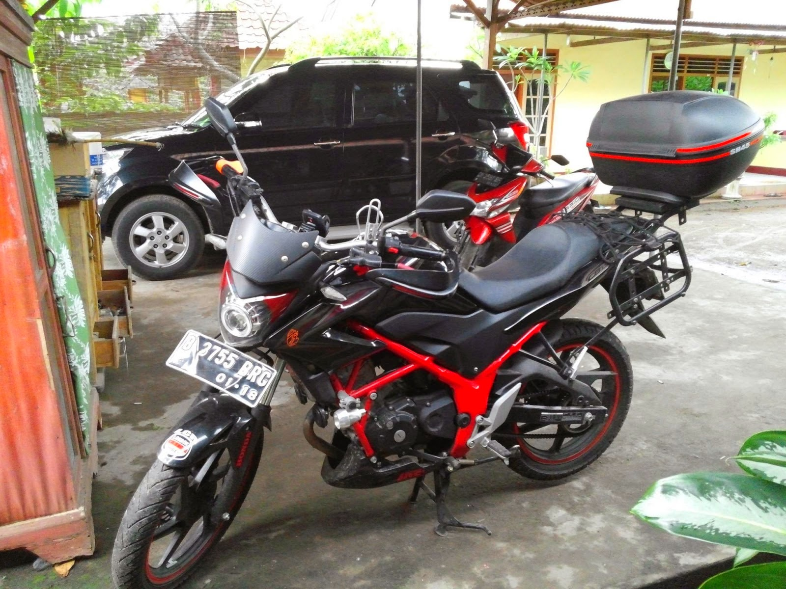 Modified Honda CB150R Streetfire