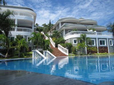 Lingganay Hotel Resort