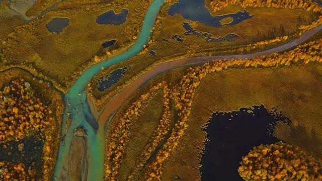Rapa River delta in Sarek National Park, Sweden (© George Steinmetz/Corbis) 709