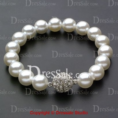 http://www.dressale.com/absorbing-wedding-strand-bracelet-with-exquisite-pearls-for-various-occasions-p-47025.html