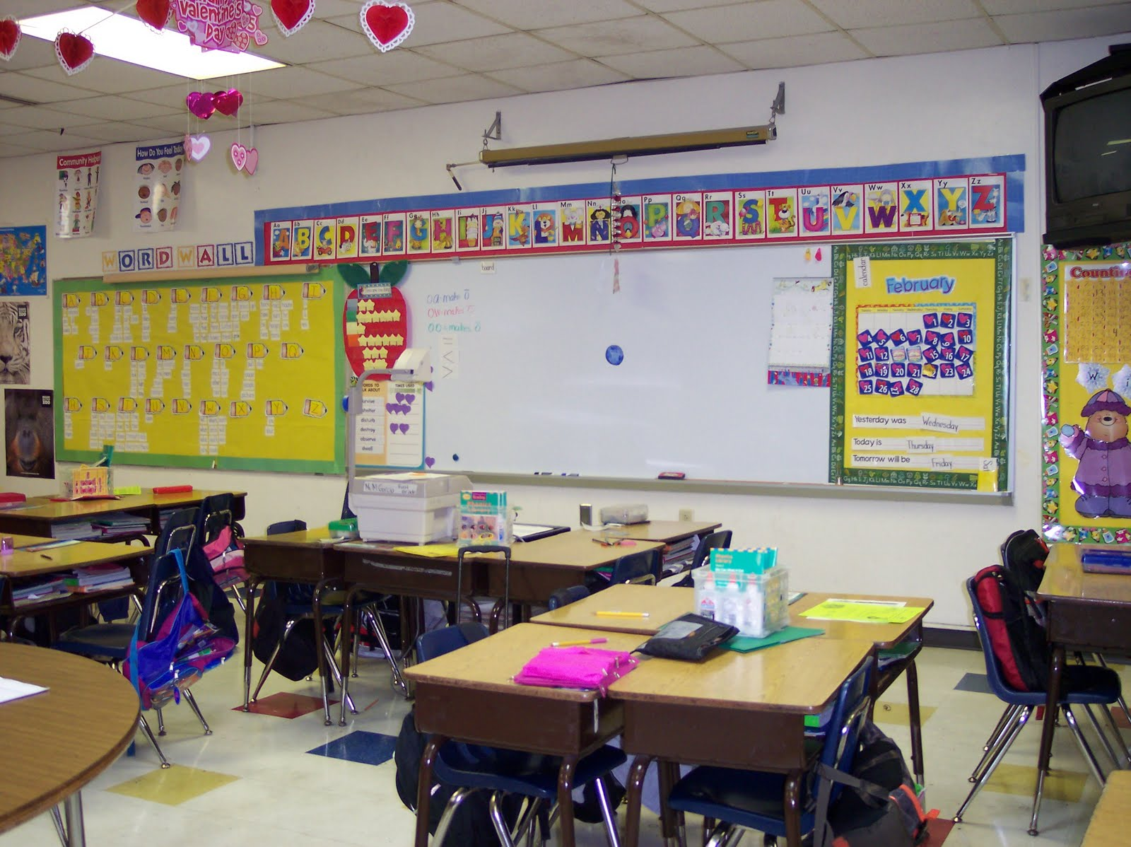 Ms.M\'s Blog: Tables vs. Desks