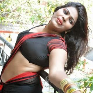 Actress+Sitara+Latest+Cute+Hot+Exclusive+Black+Transparent+Saree+Navel+Show+Photos