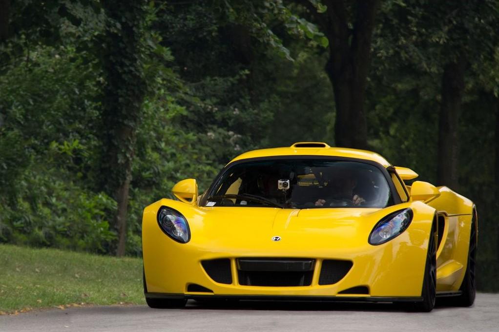 kcsupercars: hennessey venom gt vs bugatti veyron super sport
