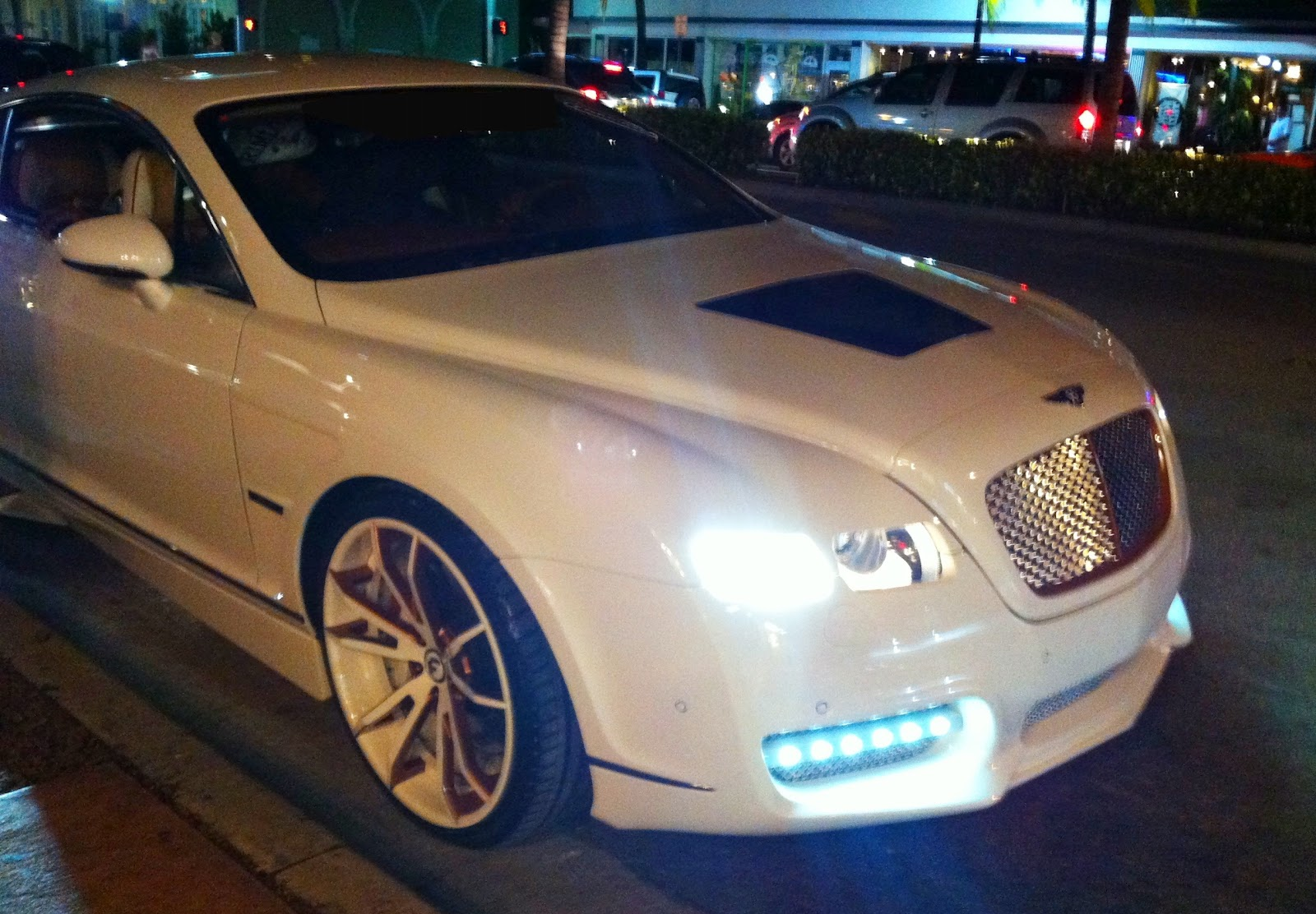 white bentley continental gt with custom rims upholstery body modifications. Black Bedroom Furniture Sets. Home Design Ideas