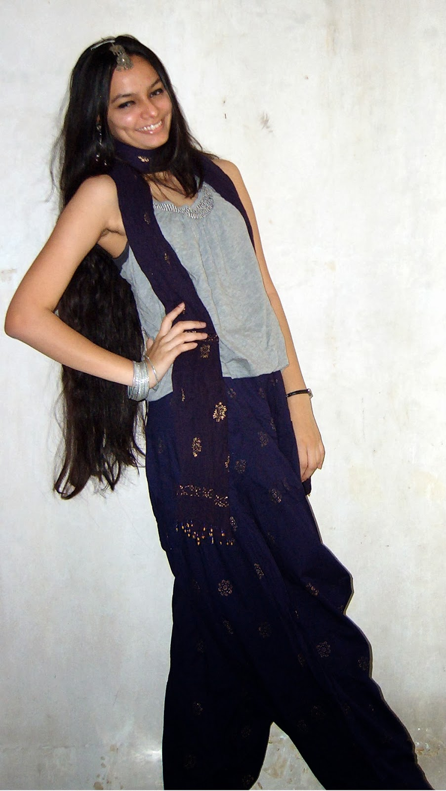 how to wear beaded clothes, indo-western fusion, how to wear indian accessories, mumbai streetstyle, everyday fashion tips