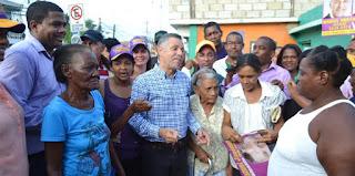 Manuel lleva su 6ta, Caminata de la Mayoría a Distrito de San Luís