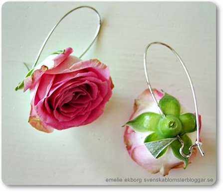 blomstersmycket, örhängen blommor, örhängen riktiga blommor, floral jewelry, jewelery really flowers