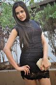 Kruthika Singhal glamorous photos-thumbnail-9