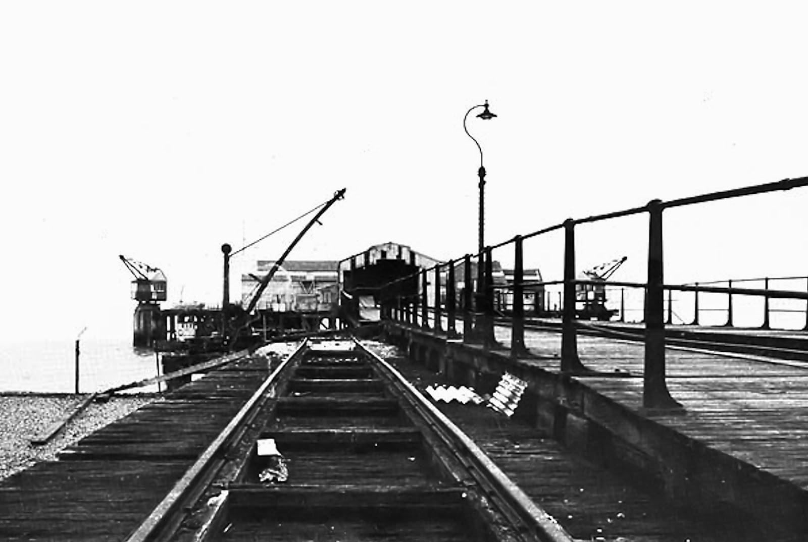 Stokes Bay Pier approach