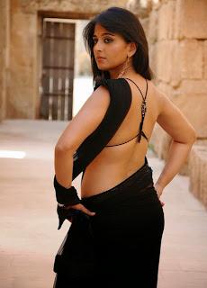 Anushka Shetty saree photos