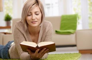 4  Manfaat dari Membaca yang Wajib Anda Ketahui