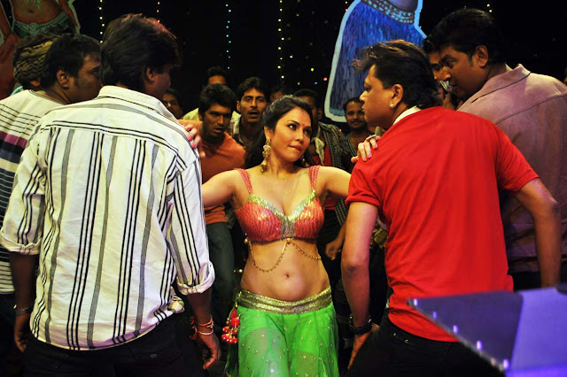 Nikitha Rawal Sexy Navel Show Photos