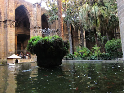 Fountain inside the cloister of the Barcelona Cathedral