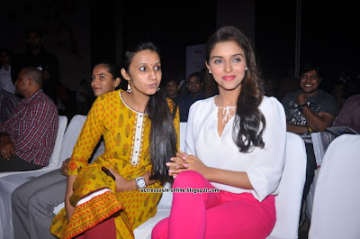 Asin launches Fair & Lovely Expert Express photos
