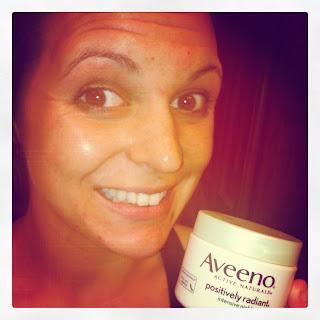 Night Routine with Aveeno Positively Radiant Intensive Night Cream - Razorback Britt