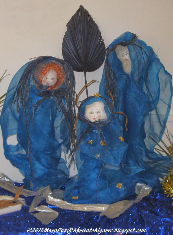 Nativity scene in blue