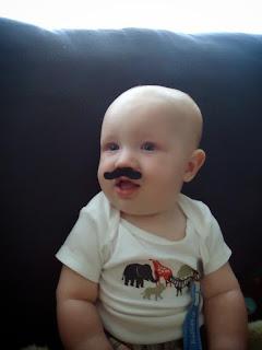 Gambar bayi lucu pakai kumis 38