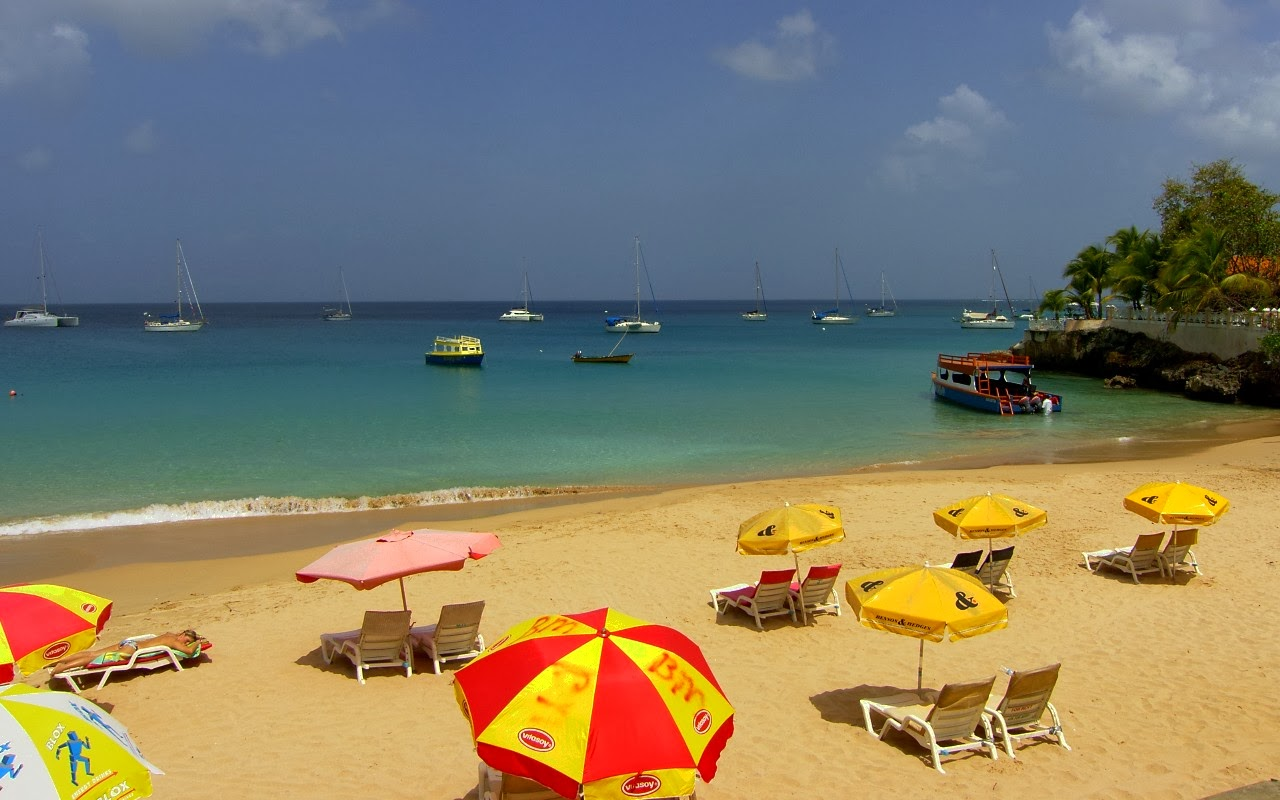 Beach Photography - busy, busy, busy... Tobago style