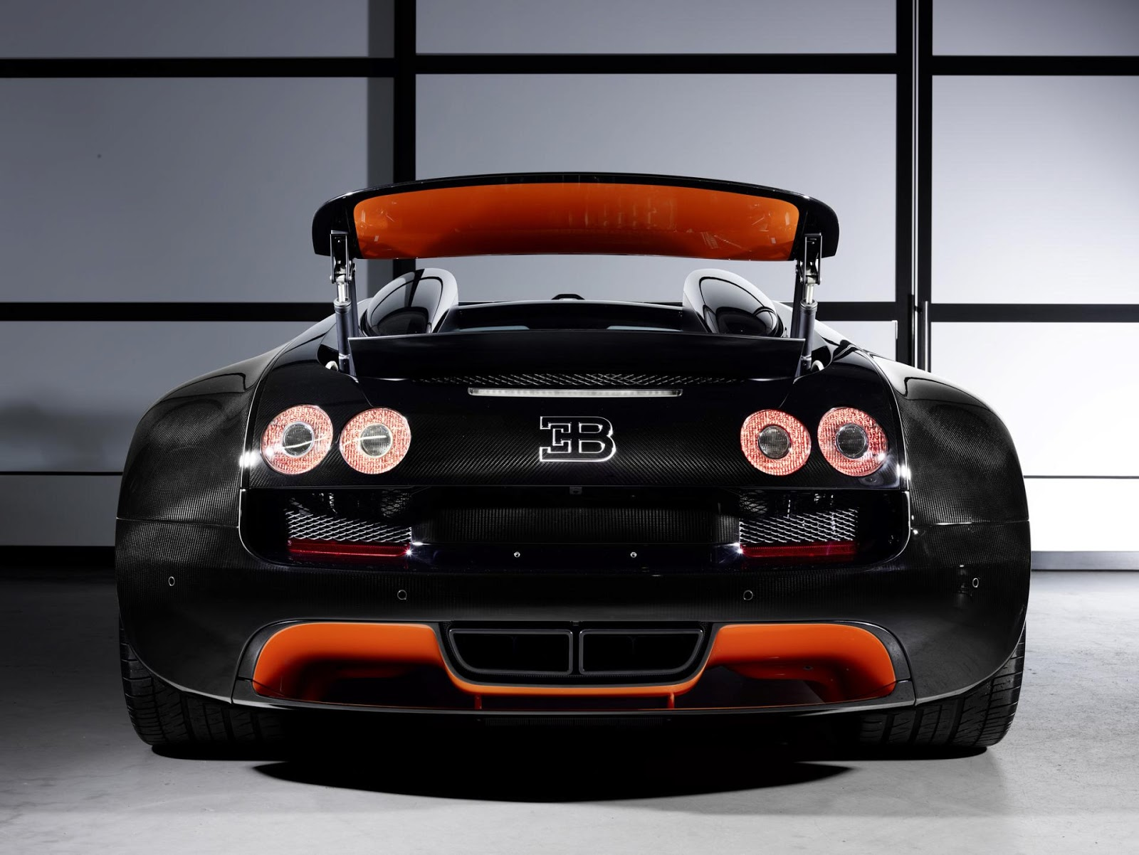 bugatti veyron grand sport vitesse wrc 2013 hottest car wallpapers bestgarage. Black Bedroom Furniture Sets. Home Design Ideas