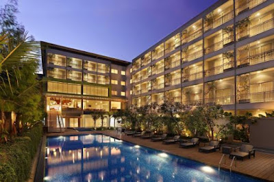 hotel holiday inn express raya kuta bali