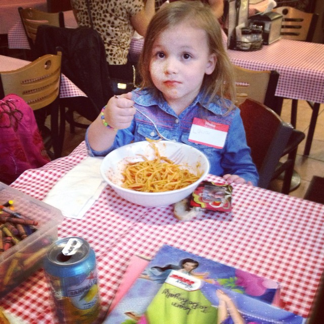 Five Year Old Travel Blogger Lucia  of Bonjour Amigo