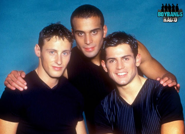 Listen to French boyband 2be3 on BoybandsRadio.com