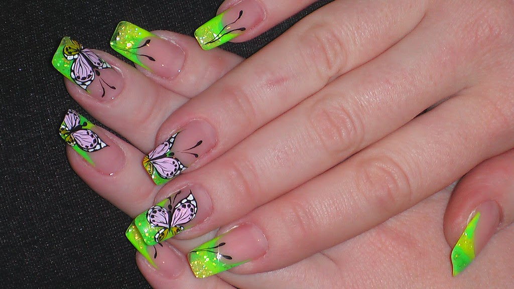 Cute Spring And Summer Nail Art Design