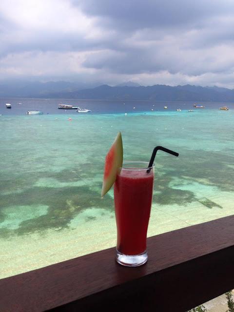 gili trawangan, ombak sunset, valentina rago, fashion need, indonesian paradise gili island