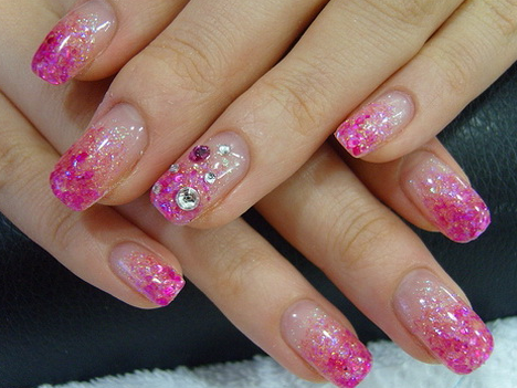Beauty Nail Design For Women Gel Nail Designs For 2011