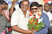 Real Star Srihari Birthday Celebrations Photos Stills-thumbnail-17