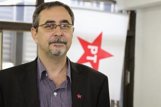 Azevedo denuncia que vice-presidente do PT 'pediu a cabeça' de jornalistas e pede ajuda a internautas