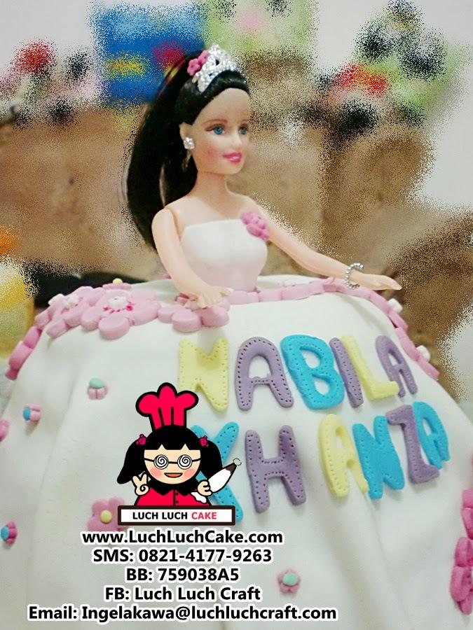 Kue tart princess ulang tahun