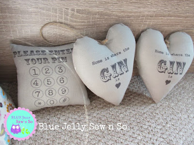 Shabby_chic_Hearts_Quirky_Pin_cushion