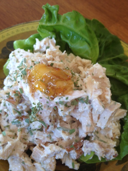 Cafe Vita: Tarragon Chicken Salad with Apricot Preserves