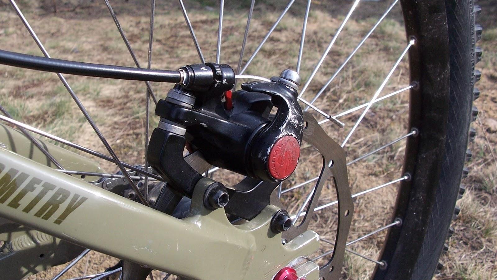 Tylny Avid BB5 + 185 mm Roudagon