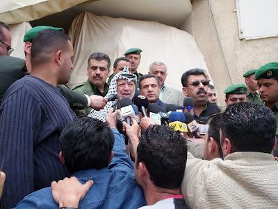 Yasser Arafat agradece aos Deputados brasileiros