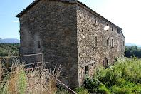 Façanes de ponent i de migdia de la masia de Casagua