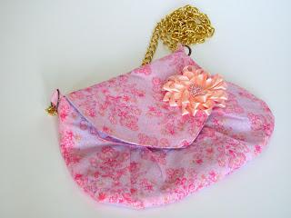 сумочка клатч своими руками, сумочка с цветком, сумка через плечо, клатч из ткани, небльшпя сумочка, комплект сумка ободок