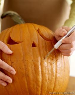 вырезание тыквы на хэллоуин