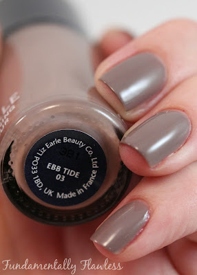 Liz Earle Strengthening Nail Colour Ebb Tide