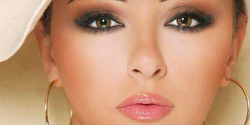combinar smokey eyes marrones