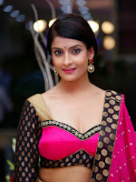 Akanksha latest Glam Pics in Pink-cover-photo