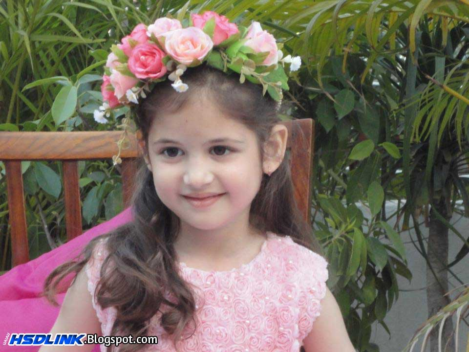 Short Biography Harshaali Malhotra Very Cute Unseen HD Wallpapers Images Pic