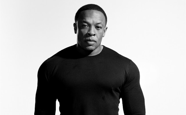 Green Pear Diaries, música, Dr. Dre, Compton, Compton A Soundtrack by Dr. Dre
