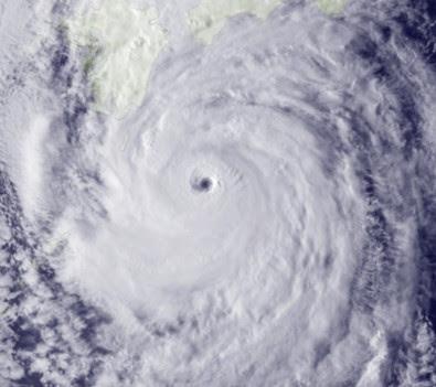 Taifun ROKE: Aktuelles Satellitenfoto HD, High Resolution, hochauflösend, Roke, Japan, Hurrikanfotos, Taifun Typhoon, September, 2011, Satellitenbild Satellitenbilder,