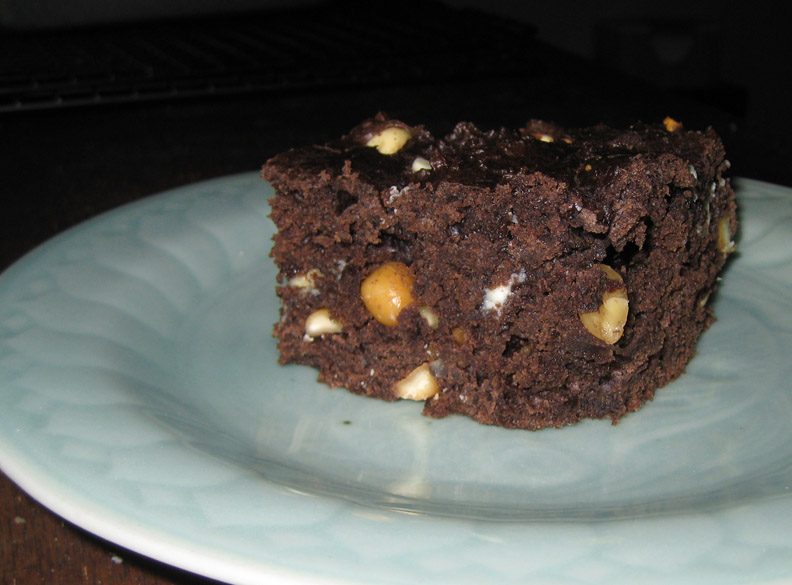... recipes, recaps, and restaurant reviews: Chocolate Yogurt Snack Cake