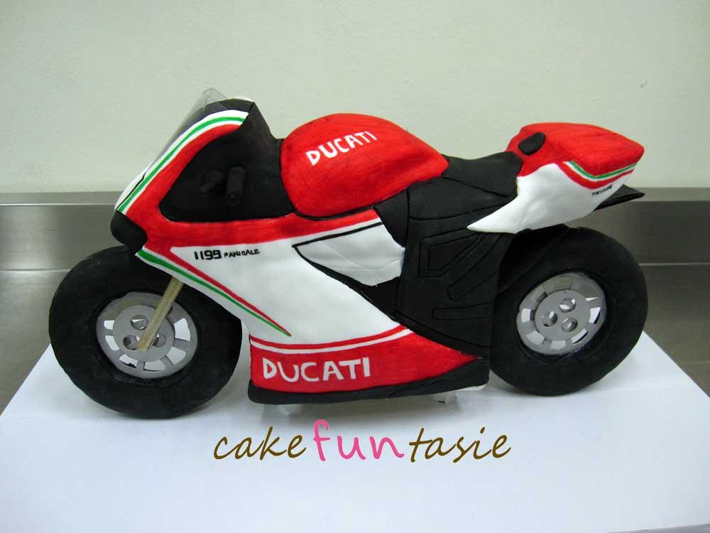 Cake Funtasie 3D Ducati Motorbike Cake